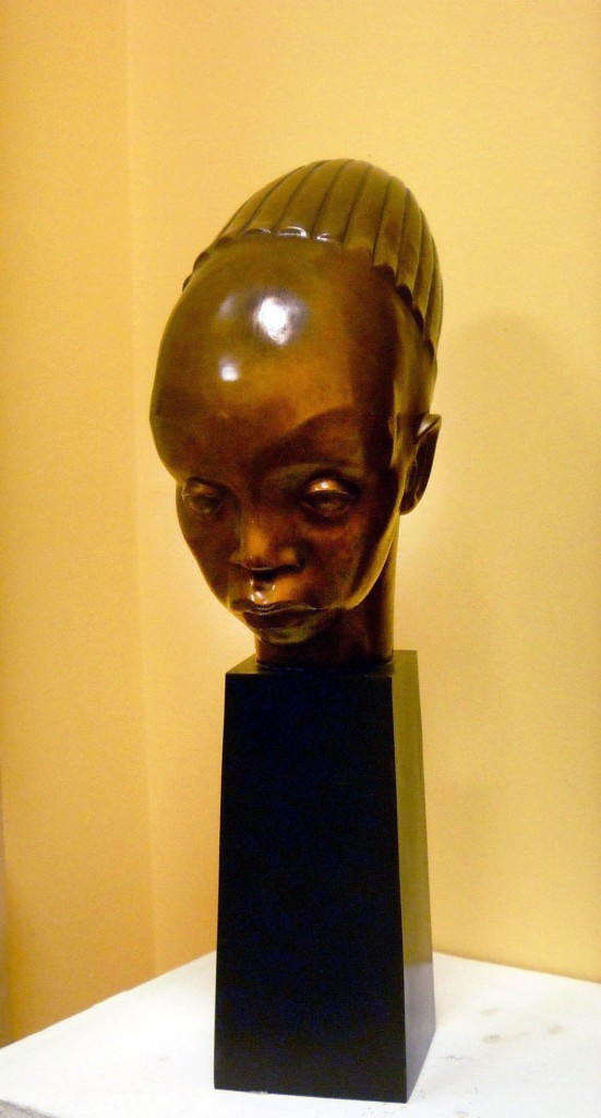 mangbetu sculpture