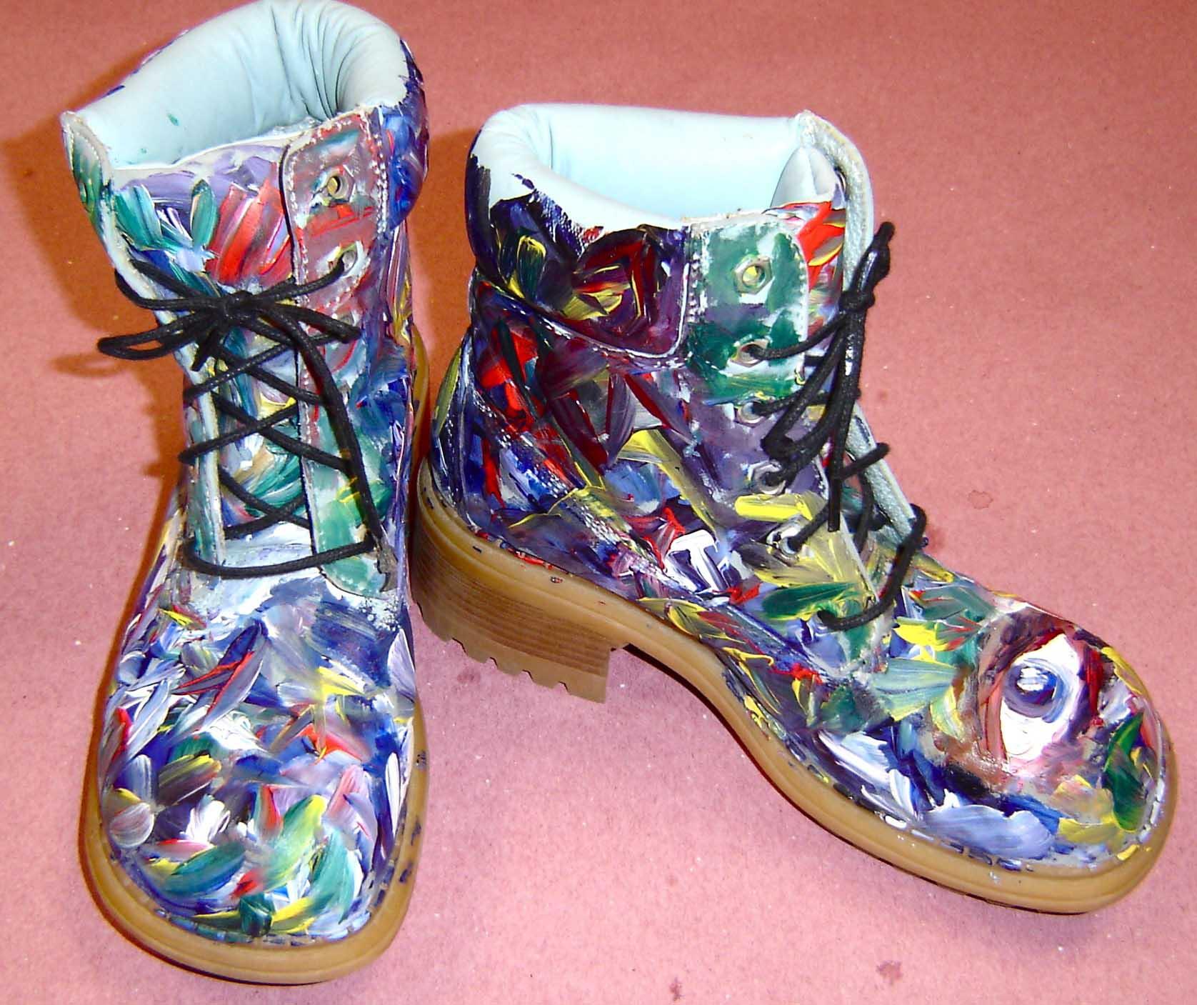6340e7820292 Paint your Shoes 1